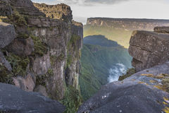 View from the Roraima tepui on Kukenan tepui at the mist - Venez Stock Image