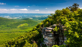 View of the Shenandoah Valley and cliffs seen from Big Schloss, Virginia Stock Photography