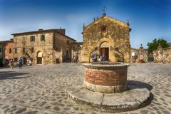 View of the small medieval village with stone walls of Monteriggioni in province of Siena, Tuscany, Italy. stock photos