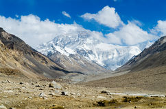 View from the Tibetan plateau on Mount Everest Royalty Free Stock Photos