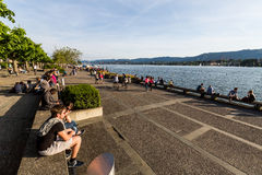 View to the Mountain Uetliberg from the Zurich Lake promenade Royalty Free Stock Photos