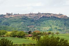 The view to the town of Pienza - Tuscany Stock Images