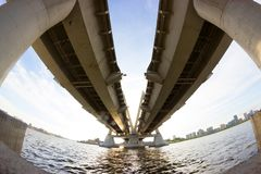 Free View Under The Big Bridge Royalty Free Stock Images - 103648239