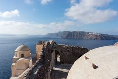 View on the Venetian castle ruin in Oia on the Mediterranean Sea Royalty Free Stock Photos