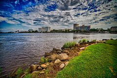 A view of Wilmington North Carolina from across the Cape Fear Ri Royalty Free Stock Photography