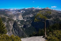 A view of Yosemite from Glacier point royalty free stock photography