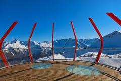 Viewpointet på berg skidar semesterortdåligan Gastein - Österrike Royaltyfri Fotografi