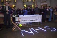 Vigília iluminada por velas por Junior Doctors, o 25 de abril de 2016 fotografia de stock