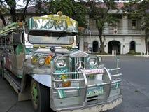 Vigan gammal stadjeepney philippines Royaltyfria Foton