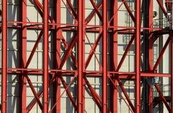 Vigas de acero rojas Fotos de archivo libres de regalías