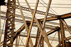Vigas de ponte de aço sobre o rio de Charles, Boston Foto de Stock Royalty Free