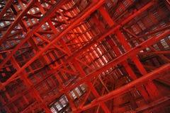 Vigas interiores de um celeiro Fotografia de Stock