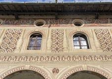 Vigevano, Италия: историческая аркада Дукале стоковые изображения rf