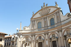 vigevano аркады ducale стоковые фотографии rf