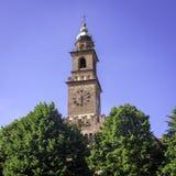 Vigevano: башня с часами Bramante мать 2 изображения дочей цвета стоковое фото