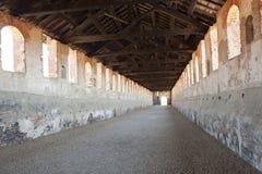 Vigevano, calle cubierta del castillo Fotografía de archivo libre de regalías