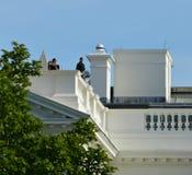 Vigilancia del tejado de la Casa Blanca del servicio secreto de los E.E.U.U. Imagen de archivo