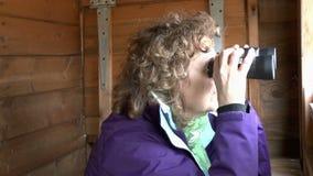 Vigilante de pájaro femenino almacen de video