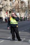 Vigilante de seguridad en el día hungraian de la revolución Imagenes de archivo