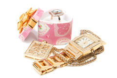Vigilanza, anello e collana di oro. Fotografia Stock