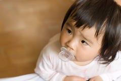 Vigilanza del bambino dell'Asia Immagini Stock Libere da Diritti