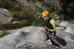 Vigilanza di canyoning acqua Fotografia Stock Libera da Diritti