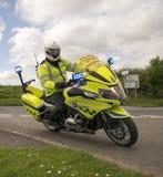 Vigile urbano britannico With The Tour De Yorkshire 2018 del motociclo della polizia fotografia stock