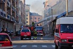 Vigili del fuoco nell'azione a Torino Fotografia Stock Libera da Diritti