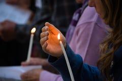 Vigilia de luz de una vela Imagen de archivo