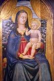 Vigin Mary con il bambino Jesus immagine stock