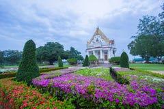 Vihara von Phutthamonthon am Abend, Nakhon Pathom, Thailand Stockfotos