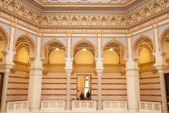 Vijecnica、前图书馆和萨拉热窝市政厅的主要大厅的内部, 库存照片