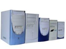Vijf computers, die op wit worden geïsoleerdl Royalty-vrije Stock Afbeelding