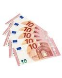 Vijf 10 euro die rekeningen met het knippen van weg worden geïsoleerd Stock Fotografie