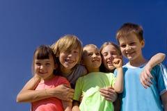 Vijf Gelukkige Kinderen Royalty-vrije Stock Afbeeldingen