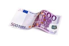 Vijf honderd euro die rekening met het knippen van weg wordt geïsoleerd Stock Afbeeldingen