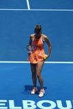 Vijf keer Grote Slagkampioen Maria Sharapova van Rusland in actie tijdens kwartfinalegelijke tegen Serena Williams Stock Afbeelding