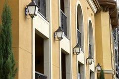 Vijf lichten onder de bogen Royalty-vrije Stock Fotografie