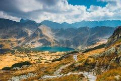 Vijf merenvallei in Hoge Tatra-Bergen Stock Foto