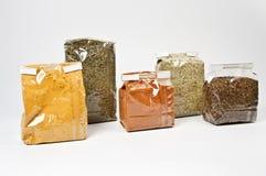 Vijf pakken met kruid Royalty-vrije Stock Fotografie