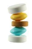 Vijf pillentribune op elkaar Stock Foto