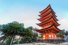 Vijf-Storied Pagode bij Toyokuni-Heiligdom in Miyajima Royalty-vrije Stock Foto's