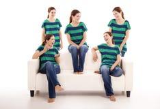Vijf tweelingenzusters stock afbeelding