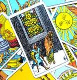 Vijf V van Pentacles Harde de Tijden Slechte Gezondheid van de Tarotkaart Stock Afbeelding