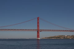 vijfentwintigste van de Brug van April in Lissabon Royalty-vrije Stock Afbeeldingen