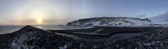 Vik Black Beach Panorama Royaltyfri Bild
