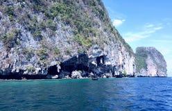 Viking Cave, Phi Phi Leh Island, Thaïlande Image libre de droits