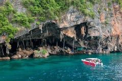 Viking Cave, province de Krabi, Thaïlande photos libres de droits