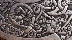 Viking drewniany cyzelowanie wilk obrazy royalty free