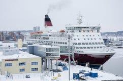 Viking fodrar - shipen - port av Turku Arkivbild